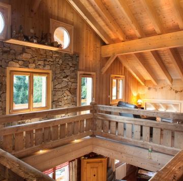Intérieur maison bois swiss 3000